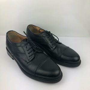 Black Lace Up Bostonian Strada Oxford Cap Toe